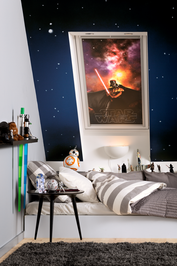 Star wars velux galactic night collection il commercio for Finestre velux foto